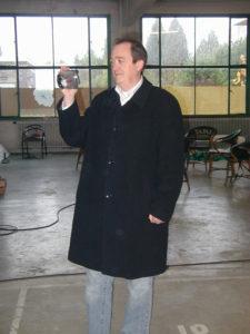 Jack Lance met zijn videocamera op de set